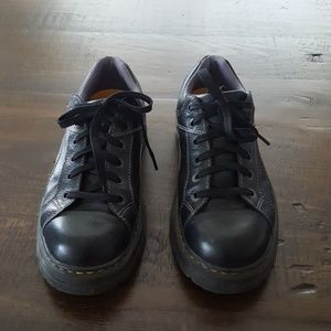 Dr. Martens Thayer Oxford